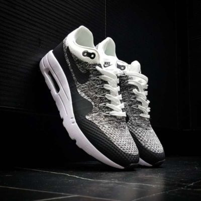 Nike airmax black & White