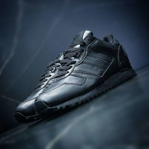 Adidas ZX700 black