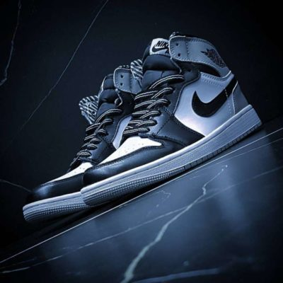 Air Jordan 1 Retro High balck and gray