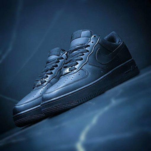 Nike Air Force Black