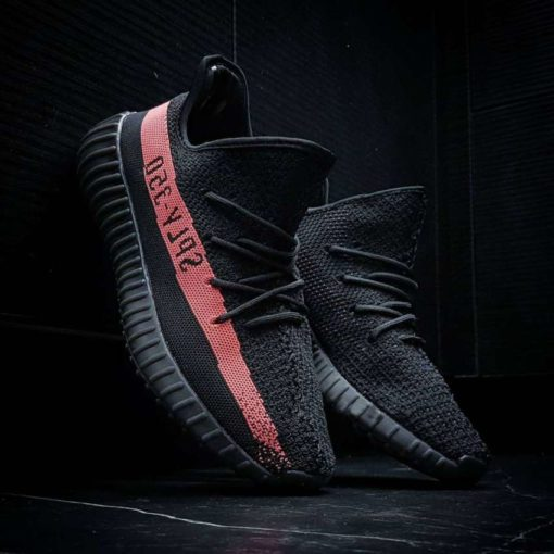 Кроссовки Adidas Yeezy Boost 350 v2 red and Black