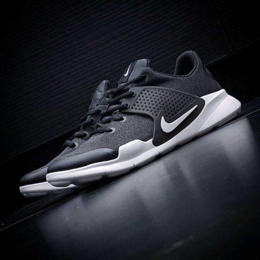 кроссовки Nike ARROWZ